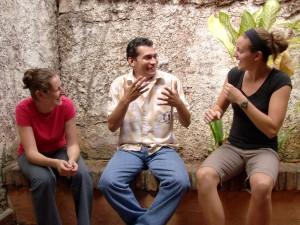 El Idioma de Señas Nicaragüense en acción.