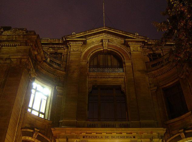 Foto de kurakensama: http://www.flickr.com/photos/kurakensama/484566723/